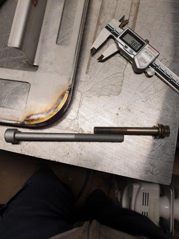 EZ30R headbolt - same pitch as gearbox/bellhousing bolt